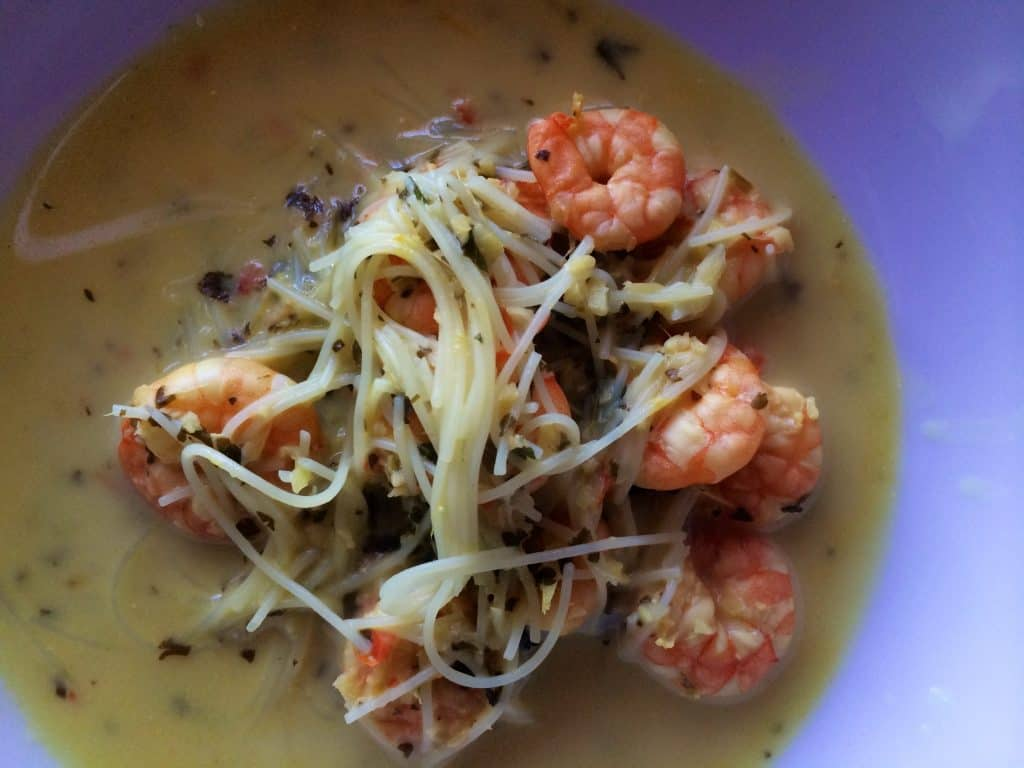 Delicious soup with Thai flavours, prawns and noodles