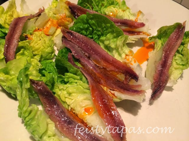 Feisty Tapas: Little gem lettuce with anchovies / Cogollos de lechuga con anchoas